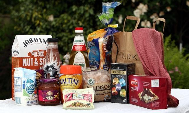 Associated British Foods weakens after holding outlook for flat EPS
