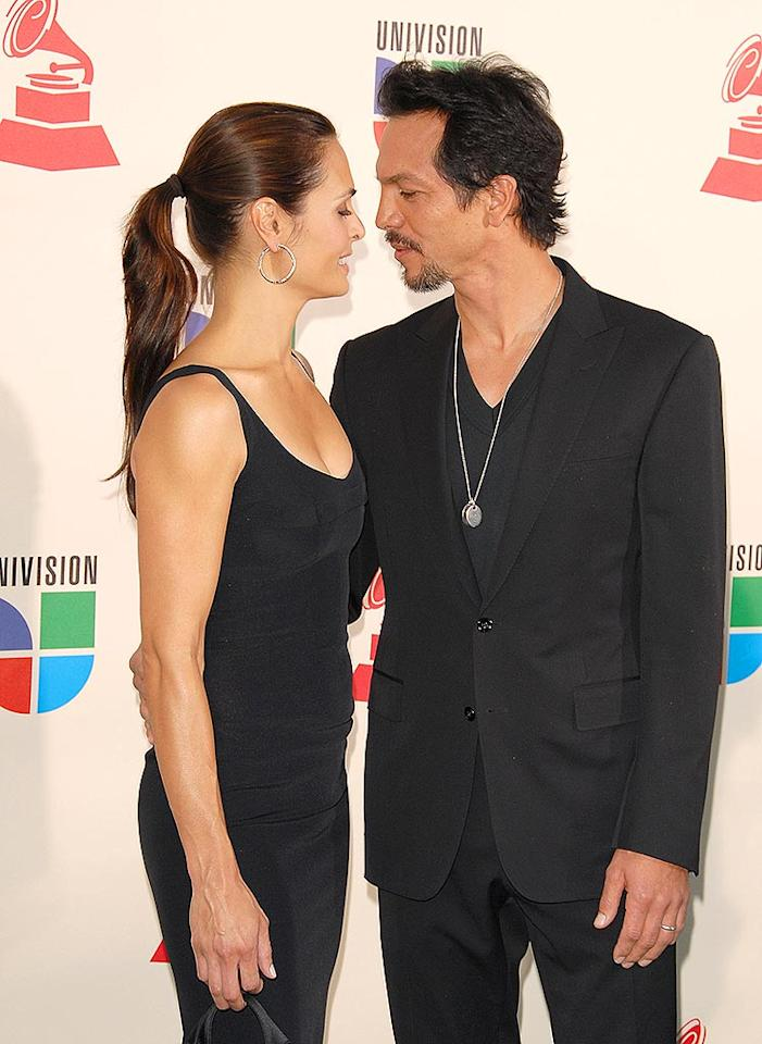 "Benjamin Bratt and his wife Talisa Soto heat up the red carpet. Caliente! Devan/<a href=""http://www.infdaily.com"" target=""new"">INFDaily.com</a> - November 8, 2007"