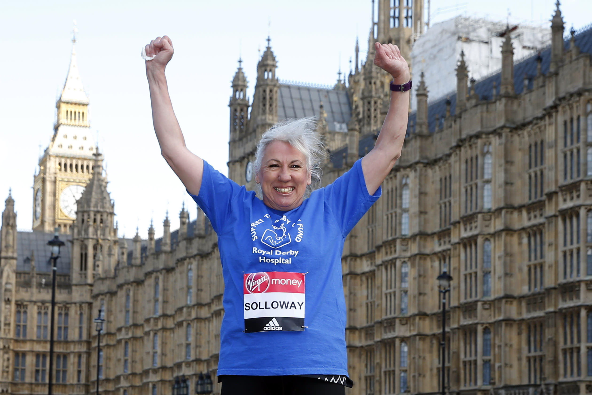 Britain Athletics - London Marathon Previews - London - 18/4/17 MP Amanda Solloway poses in her running kit on College Green outside the Houses of Parliament ahead of the 2017 Virgin Money London Marathon Action Images via Reuters / Matthew Childs Livepic