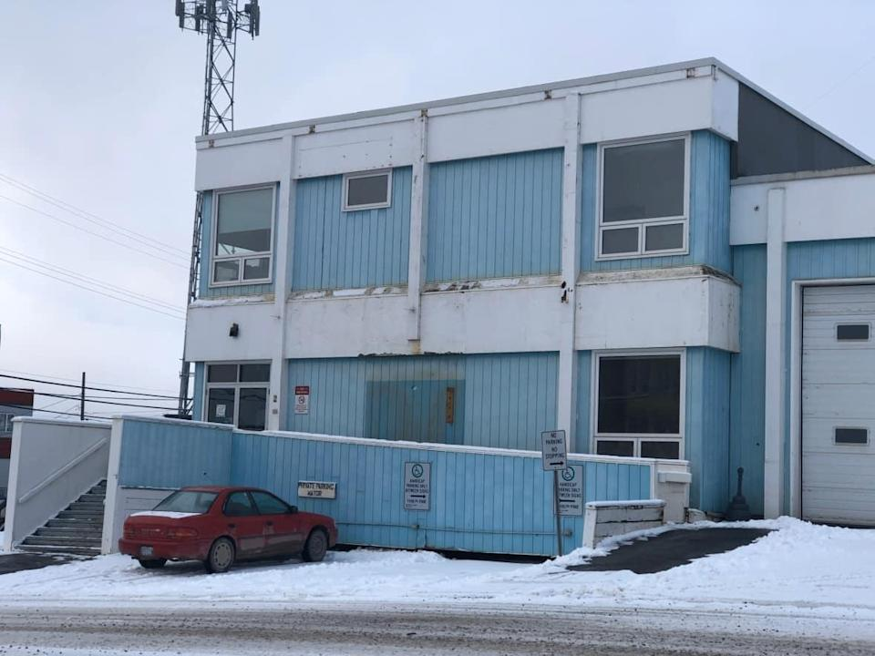 Inuvik's Town Hall on Oct. 14, 2021. Eleven candidates are vying for eight spots on the next city council. The election is taking place Monday.  (Mackenzie Scott/CBC - image credit)