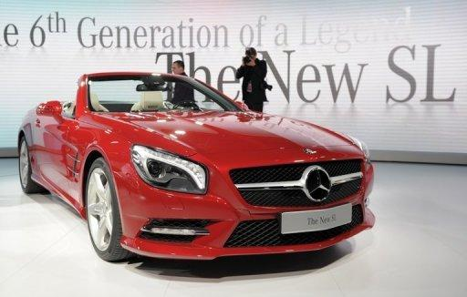 The new Mercedes-Benz SL is revealed a day before press previews at the 2012 North American International Auto Show in Detroit. Glamour and glitz returned to the Detroit auto show as once-struggling General Motors served champagne at a sneak peek of its newest Cadillac and Mercedes launched its latest roadster with a jazzy serenade at a swank cocktail party.