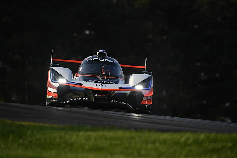 Castroneves and Taylor recover to IMSA Mid-Ohio win
