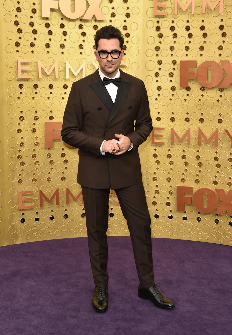 """<h1 class=""""title"""">Dan Levy in Cartier jewelry</h1><cite class=""""credit"""">Photo: Getty Images</cite>"""