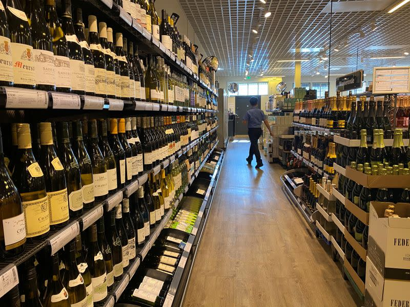 After virus, Norway mulls cutting taxes to win back shopping lost to Sweden