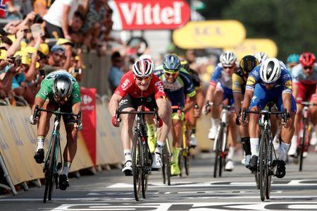 Cycling - Tour de France - The 195-km Stage 4 from La Baule to Sarzeau - July 10, 2018 - Quick-Step Floors rider Fernando Gaviria of Colombia wins the stage, ahead of BORA-Hansgrohe rider Peter Sagan of Slovakia and Lotto Soudal rider Andre Greipel of Germany. REUTERS/Benoit Tessier