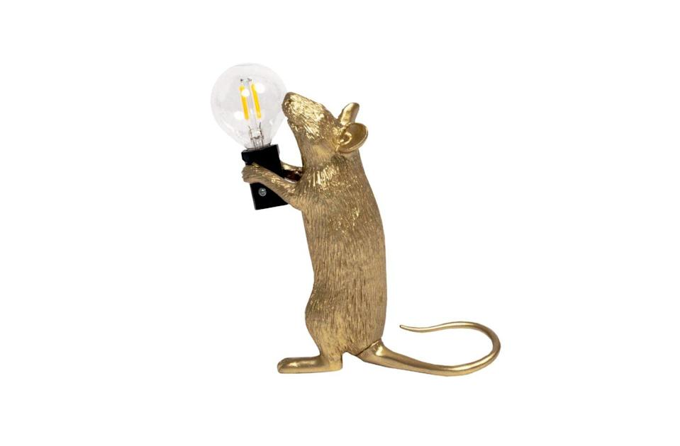 <p>Lampada Mouse Gold Step, di Marcantonio per <strong>Seletti</strong>.</p>