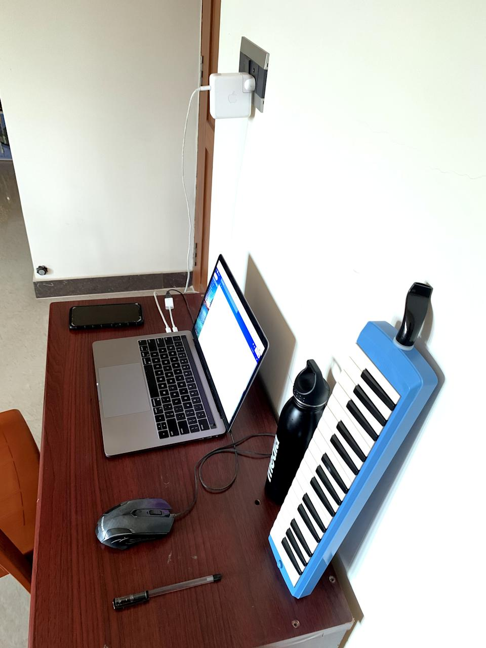 When you want to play the keyboard in between meetings <em>Photo credit: Vinit Vijay Poojari</em>