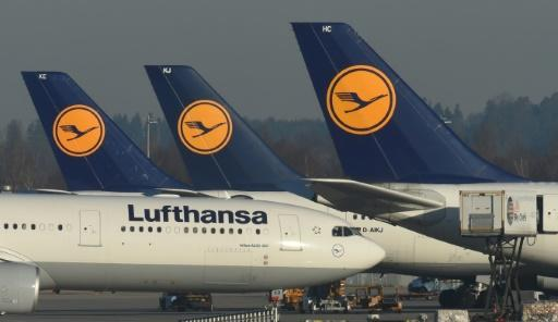 Lufthansa profit flies high on lower costs
