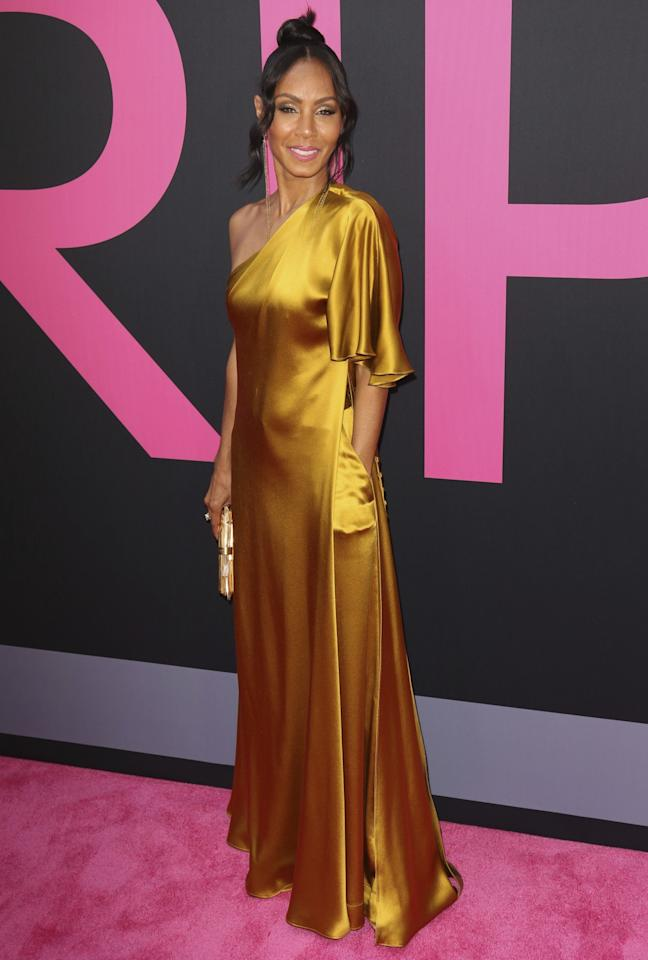 <p>Jada's style is on the up as proved once again by this gorgeous golden Grecian look.<br /><i>[Photo: AP]</i> </p>