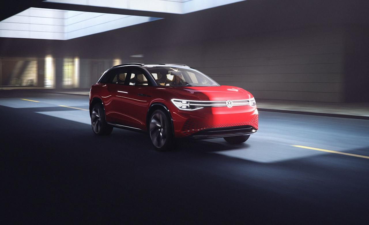 <p>The Roomzz concept boasts an 82.0-kWh battery pack which should provide a driving range of nearly 280 miles and dual electric motors that provide all-wheel-drive traction.</p>