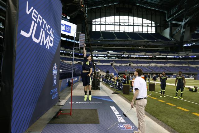 INDIANAPOLIS, IN - FEBRUARY 23: Former Texas A&M quarterback Johnny Manziel takes part in the vertical jump during the 2014 NFL Combine at Lucas Oil Stadium on February 23, 2014 in Indianapolis, Indiana. (Photo by Joe Robbins/Getty Images)