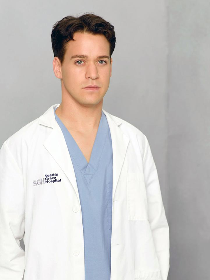 "<p><b>Worst: George O'Malley (""<a href=""http://tv.yahoo.com/grey-39-s-anatomy/show/36657/"">Grey's Anatomy</a>"")</b><br>  </p><p><b>Signature Shonda Quirk:</b> All the hot girls unbelievably fall for his charms.<br>  </p><p><b>Why We Hate Him:</b> We rooted for him when he was dubbed ""007"" for failing to save his patients, and we were willing to forgive him for his weird, ill-advised decision to sleep with Meredith. But then he went to Vegas and married Callie, and then started cheating on his wife with his best friend, Izzie. And he couldn't pass his exams and then randomly decided to join the Army. If he would have managed to keep it in his pants, we'd have been sadder when he died.</p>"