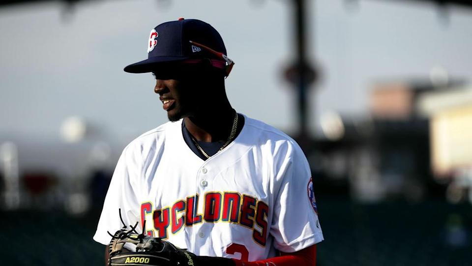Mets prospect Ronny Mauricio close up while with Brooklyn Cyclones, shadow on face