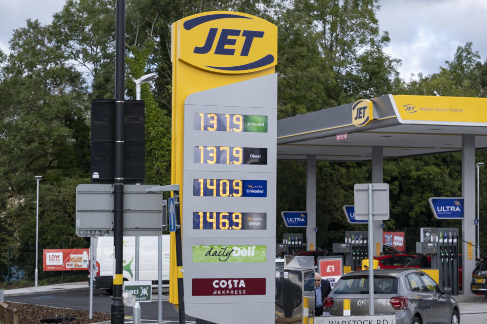 As the fuel crisis in the UK continues, this Jet petrol station is open for business, and motorists drive in with their cars to fill up with fuel, which is being sold at normal prices on 29th September 2021 in Birmingham, United Kingdom. While some forecourts remain closed with little or no fuel, there is confusion amongst the public as to whether they should buy fuel now or wait. This has led to panic buying and long queues outside some petrol stations as the crisis, which has been caused by a lack of HGV drivers available to deliver supplies, continues. The opertator of this station was keen to emphasise, that they are selling fuel at non-inflated prices to help people out. (photo by Mike Kemp/In Pictures via Getty Images)