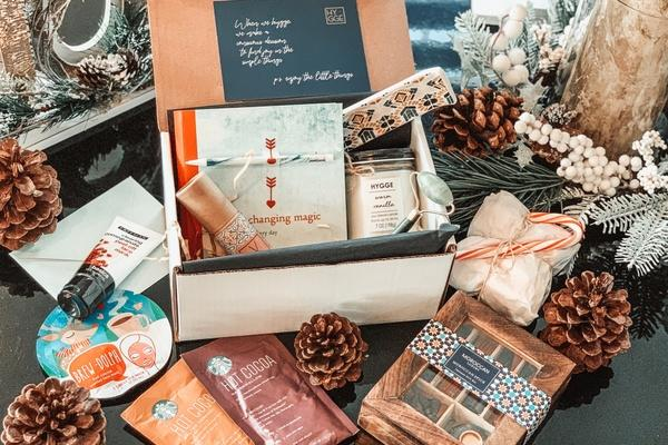 From book clubs to home decor, there's a subscription box for everyone. (Photo: Cratejoy)