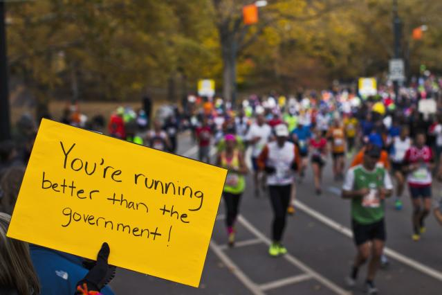 Runners make their way through the borough of Manhattan during the New York City Marathon in New York, November 3, 2013. REUTERSEduardo Munoz (UNITED STATES - Tags: SPORT ATHLETICS TPX IMAGES OF THE DAY)