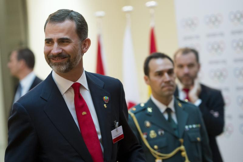 Spanish Crown Prince Felipe arrives for support the Madrid 2020 Olympic Bid Committee during the 2020 Candidate Cities Briefing for IOC Members during the first day of the International Olympic Committee, IOC, extraordinary Session, in Lausanne, Switzerland, Wednesday, July 3, 2013. Istanbul, Madrid and Tokyo were laying out their plans on Wednesday to the general assembly of the International Olympic Committee, the first time they have made presentations directly to the electorate. (AP Photo/Keystone,Jean-Christophe Bott)