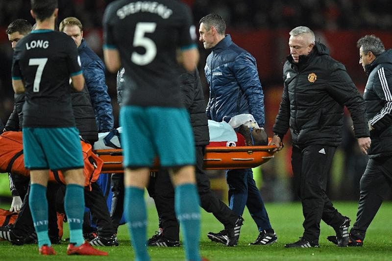 Romelu Lukaku stretchered off after nasty head injury against Southampton
