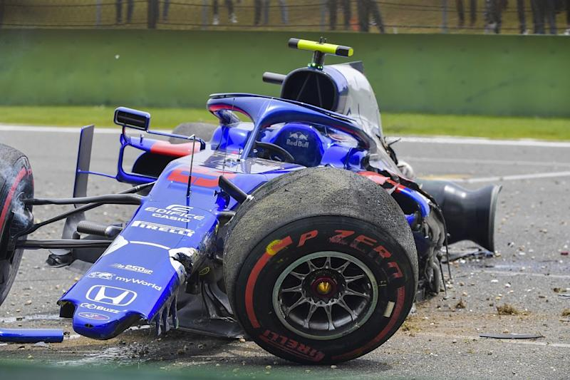 Albon to miss qualifying after practice crash