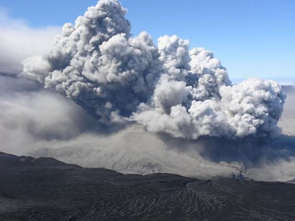 Mount Okmok erupting on Aug. 2, 2008.