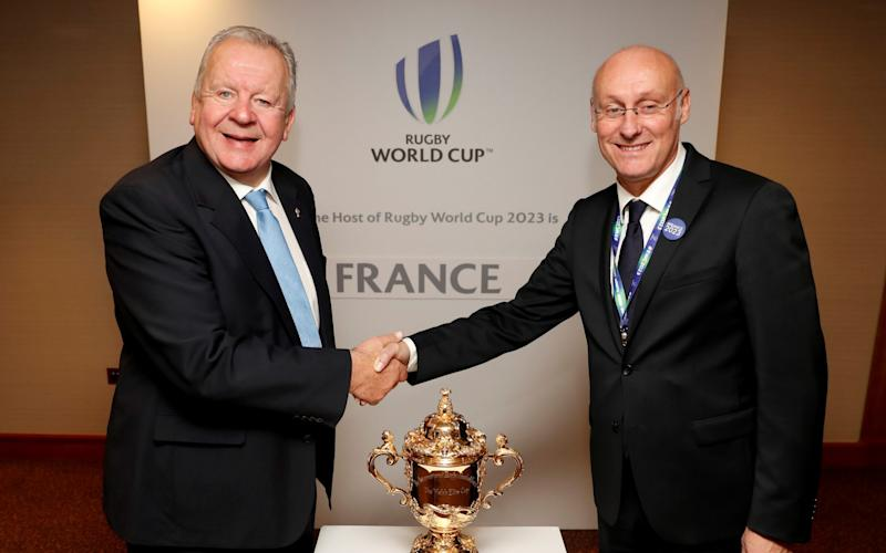 Bill Beaumont pictured with Bernard Laporte in 2017 - ACTION IMAGES