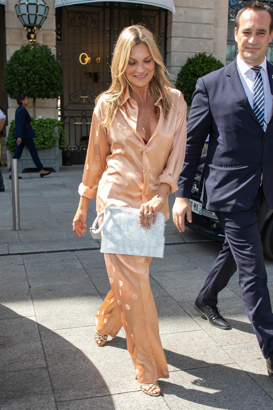 <p>Kate Moss's silk co-ord worn to the Dior Home show is our idea of the perfect look: stylish and as comfortable as pyjamas. <br><em>[Photo: Getty]</em> </p>