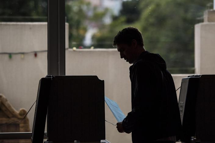 California's top-two primary system has benefited Democrats in past elections. This year it may cripple their chance of taking back control of the House of Representatives. (Bloomberg via Getty Images)