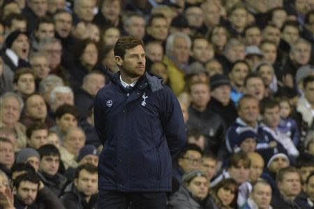 Tottenham Hotspur manager Andre Villas-Boas reacts during their English Premier League soccer match defeat to Liverpool at White Hart Lane in London December 15, 2013. REUTERS/Toby Melville