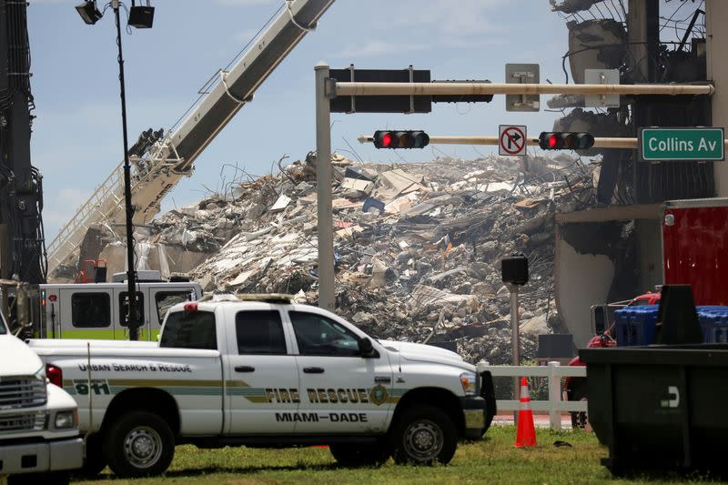 Partial collapse of residential building in Surfside