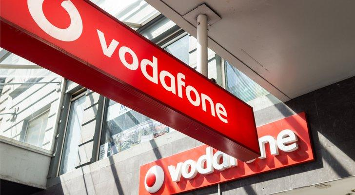 Vodafone Group Plc Shares Fall as CEO Prepares to Step Down