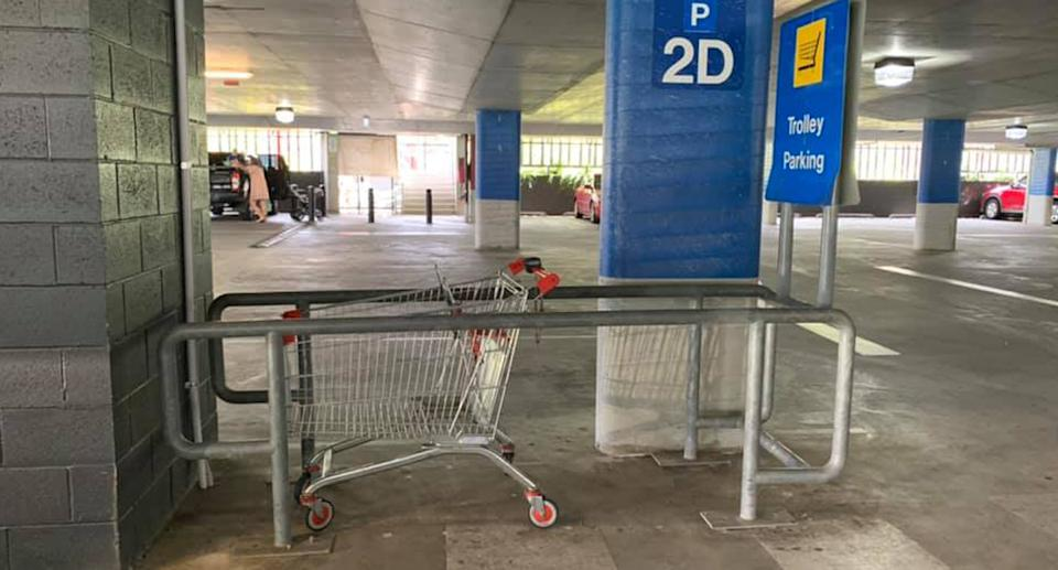 A confusing trolley parking bay that doesn't allow trolleys to be placed in there