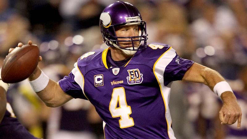 198b6c9b00c Your weekend starts here: Brett Favre ceremony highlights Thanksgiving games