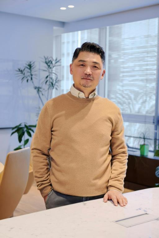 Kim Beom-su, founder of South Korean mobile messaging app KakaoTalk, said he will donate more than half his estimated $9.6 billion assets