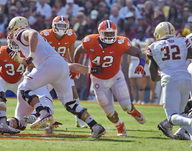 "<a class=""link rapid-noclick-resp"" href=""/ncaaf/players/252172/"" data-ylk=""slk:Christian Wilkins"">Christian Wilkins</a> is one of three Clemson players on the AP All-American first team. (AP Photo/Richard Shiro, File)"