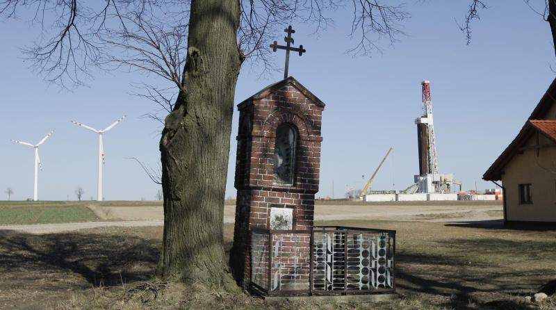 AP Interview: Poland to press on with shale gas