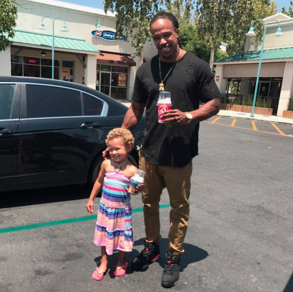 Crossfit is her daddy-daughter time. Photo: Instagram