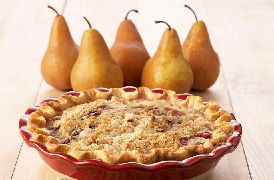 """<p><a href=""""https://www.thedailymeal.com/cook/americas-best-apple-pies?referrer=yahoo&category=beauty_food&include_utm=1&utm_medium=referral&utm_source=yahoo&utm_campaign=feed"""" rel=""""nofollow noopener"""" target=""""_blank"""" data-ylk=""""slk:If you like apple pies"""" class=""""link rapid-noclick-resp"""">If you like apple pies</a> but you like to switch up the autumnal sweets, this pear and cranberry crumble pie is sweet, tart and filled with seasonal spices.</p> <p><a href=""""https://www.thedailymeal.com/recipes/pear-and-cranberry-crumble-pie-recipe?referrer=yahoo&category=beauty_food&include_utm=1&utm_medium=referral&utm_source=yahoo&utm_campaign=feed"""" rel=""""nofollow noopener"""" target=""""_blank"""" data-ylk=""""slk:For the Pear and Cranberry Crumble Pie recipe, click here."""" class=""""link rapid-noclick-resp"""">For the Pear and Cranberry Crumble Pie recipe, click here.</a></p>"""