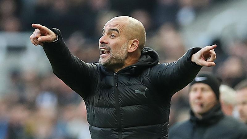 Guardiola to continue with Fernandinho in heart of Manchester City's defence