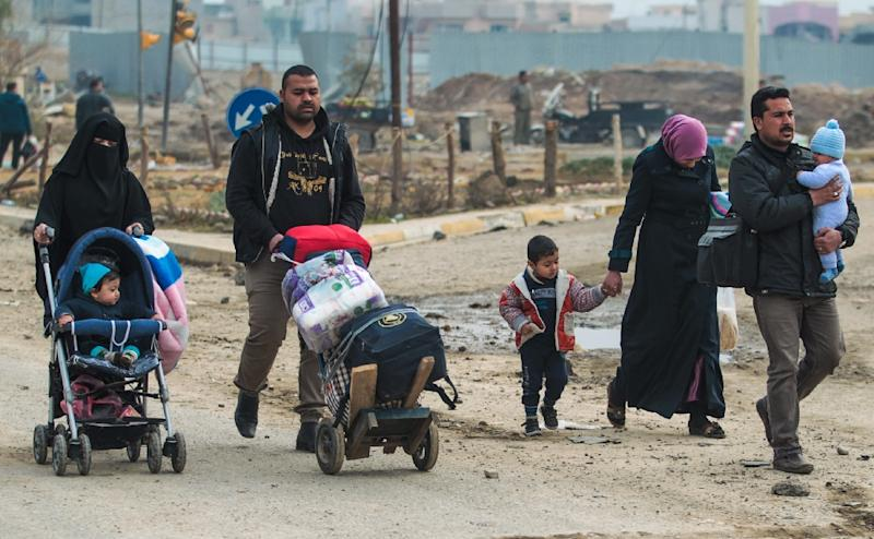 The IS group has no qualms about killing civilians, but the presence of a large number of residents in Mosul discouraged them from extensively sowing explosives (AFP Photo/AHMAD AL-RUBAYE)