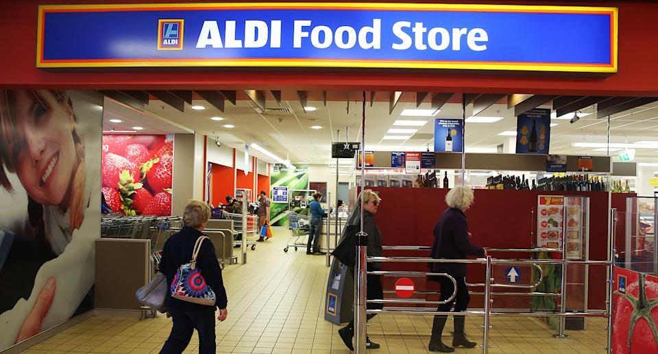 People entering Aldi store. Source: Getty Images