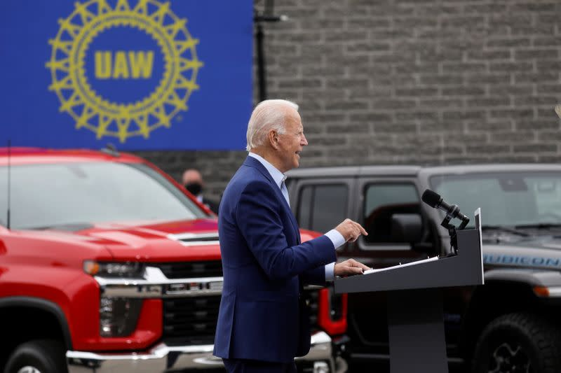 FILE PHOTO: Democratic U.S. presidential nominee Joe Biden campaigns in Warren, Michigan