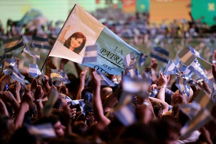 Crowds celebrate outside Fernandez' party headquarters in Buenos Aires after his election victory (AFP Photo/ALEJANDRO PAGNI)