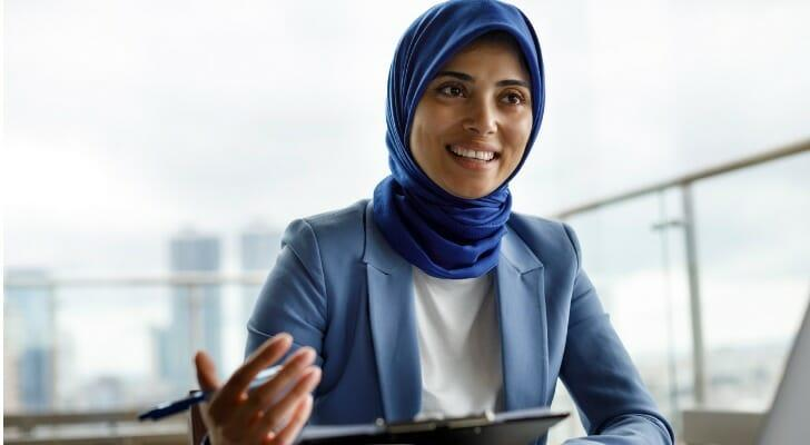 Woman advisor talks to her client