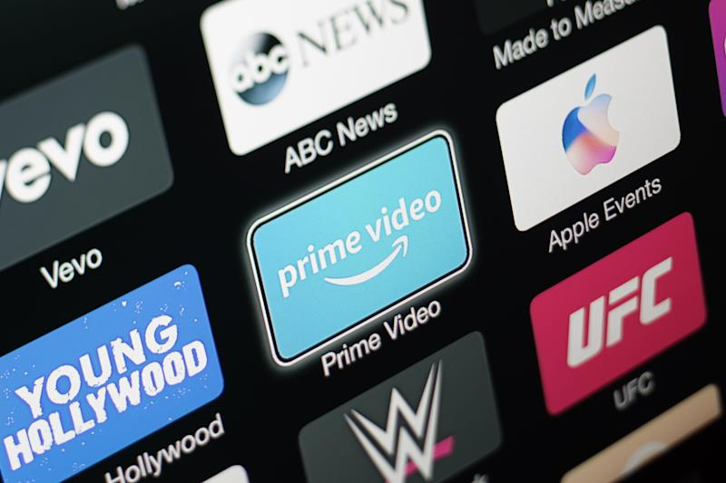 Pisa: Prime Video is an Internet video on demand service that is developed, owned, and operated by Amazon. It offers television shows and films for rent or purchase. On December 7, 2017, it finally arrived on the Apple TV digital platform as a stand alone app. The image shows a TV connected to a recently updated Apple TV, 3rd generation, where some media-centric apps (Prime Video, Vevo, Young Hollywood, abc news, etc) are visible