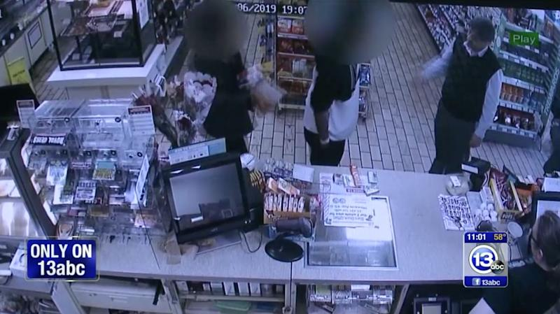After catching a teen stealing from his 7-Eleven, the store owner, Jitendra Singh, sent him home with food for him and his younger brother. (Photo: ABC 13)