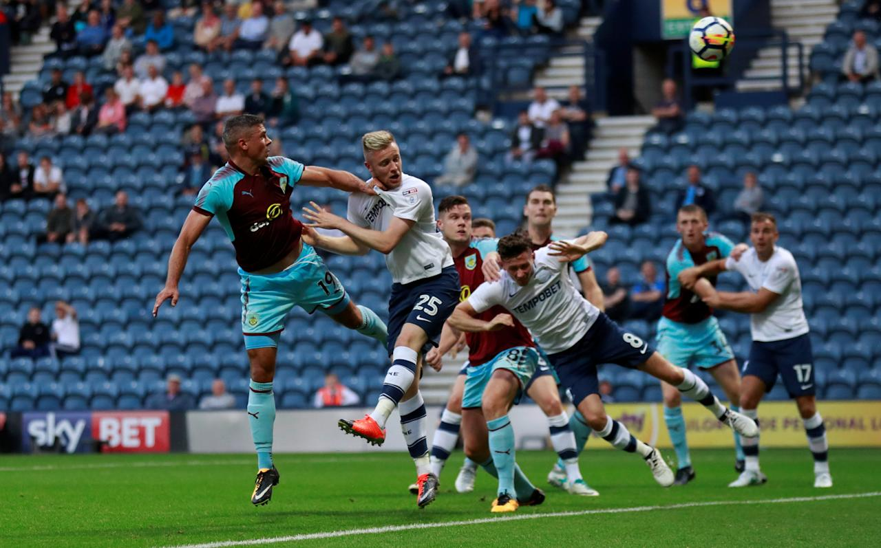 Soccer Football - Preston North End vs Burnley - Pre Season Friendly - Preston, Britain - July 25, 2017   Burnley's Jonathan Walters heads against the post    Action Images via Reuters/Jason Cairnduff