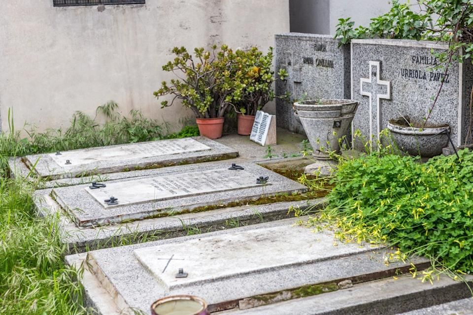 Graveyard in Santiago Chile {New Years Eve Traditions}