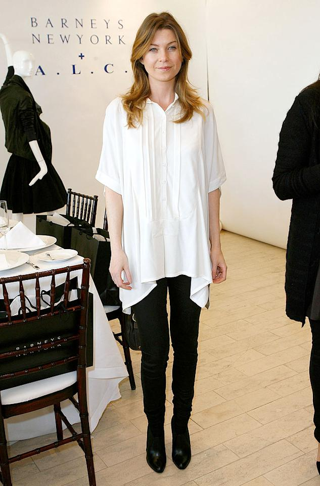 "Ellen Pompeo's shapeless white top and black skinny pants are beyond boring. Donato Sardella/<a href=""http://www.wireimage.com"" target=""new"">WireImage.com</a> - February 18, 2009"