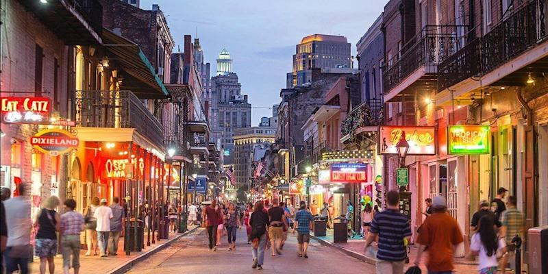 "Book the Royal Sonesta in New Orleans from $119 a night. Travel dates: Weekdays May 1 through Sept. 13, and select dates March through April. <a href=""https://www.travelzoo.com/hotel-booking/hotel/5658/royal-sonesta-new-orleans/"" target=""_blank"">Visit the deal</a>."