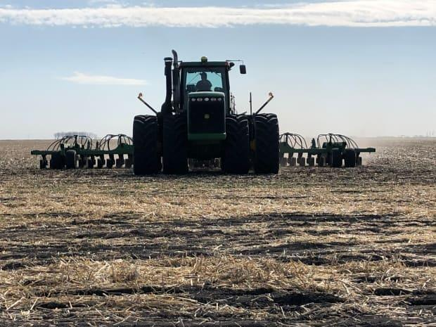 Dry soil conditions are plaguing much of Saskatchewan (Cameron MacIntosh/CBC  - image credit)